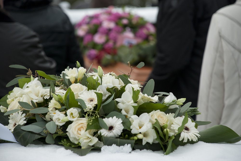 florals white